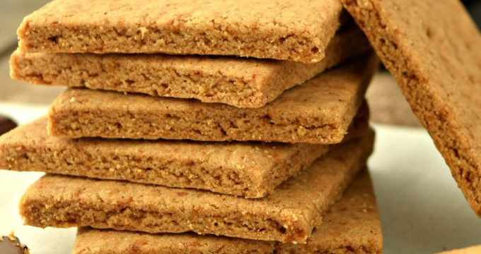 Graham Crackers – Gluten Free, Vegan, Refined Sugar Free